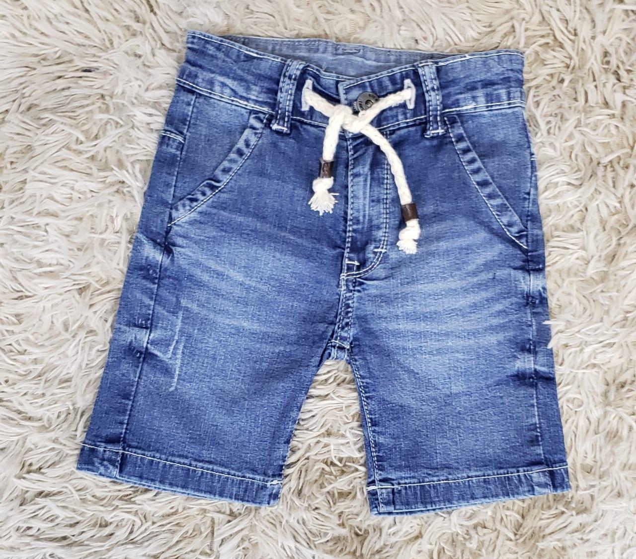 Bermuda Jeans com Cordão