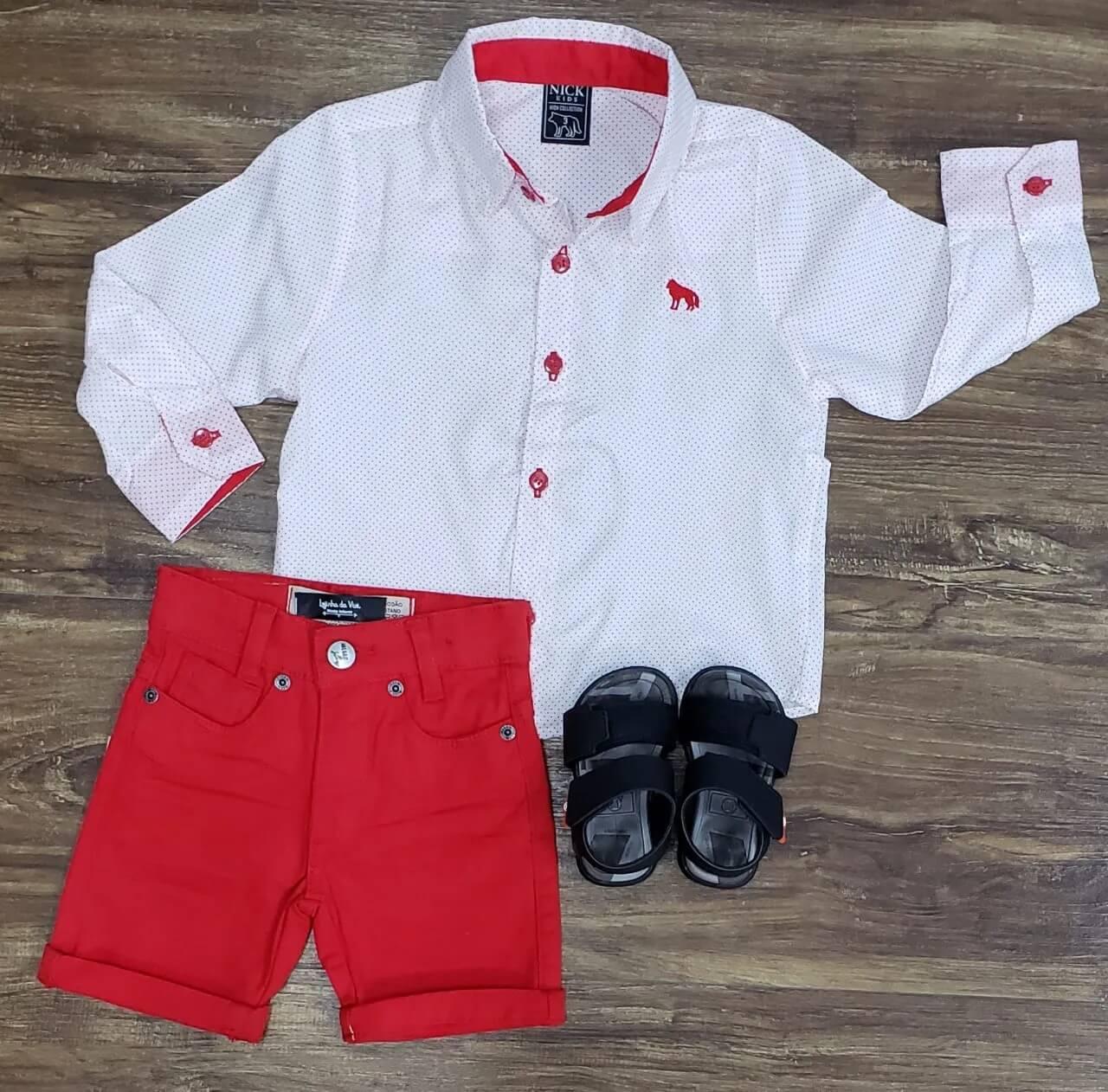 Bermuda Jeans Vermelha com Camisa Branca Infantil