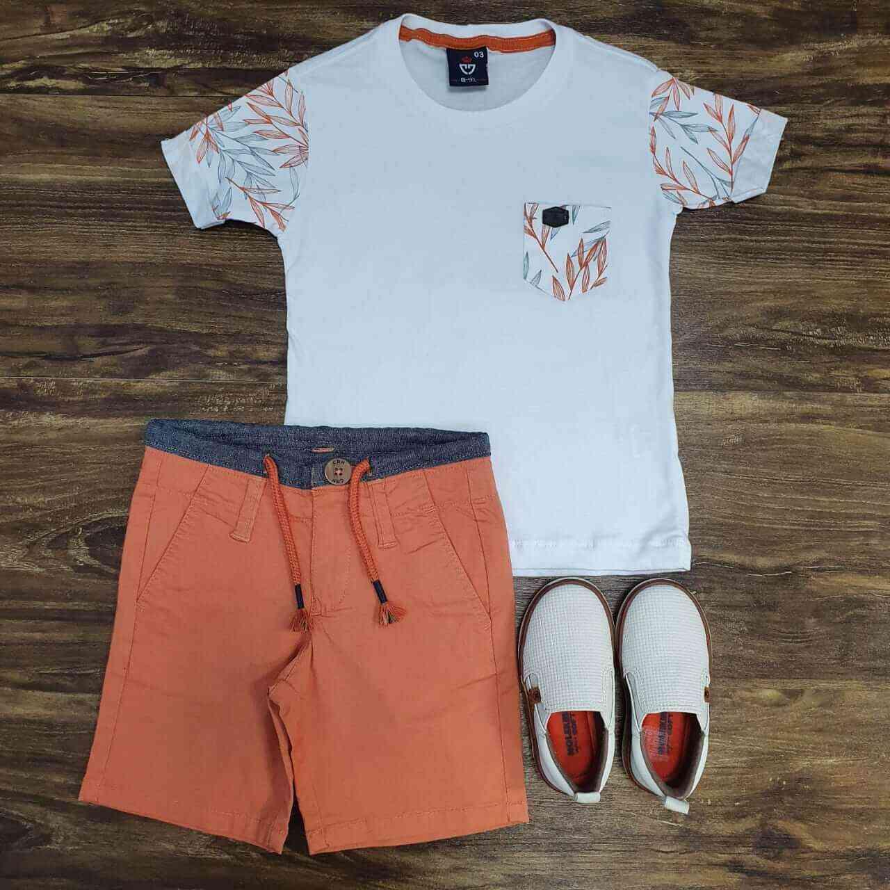 Bermuda Laranja com Camiseta de Bolso Floral Infantil
