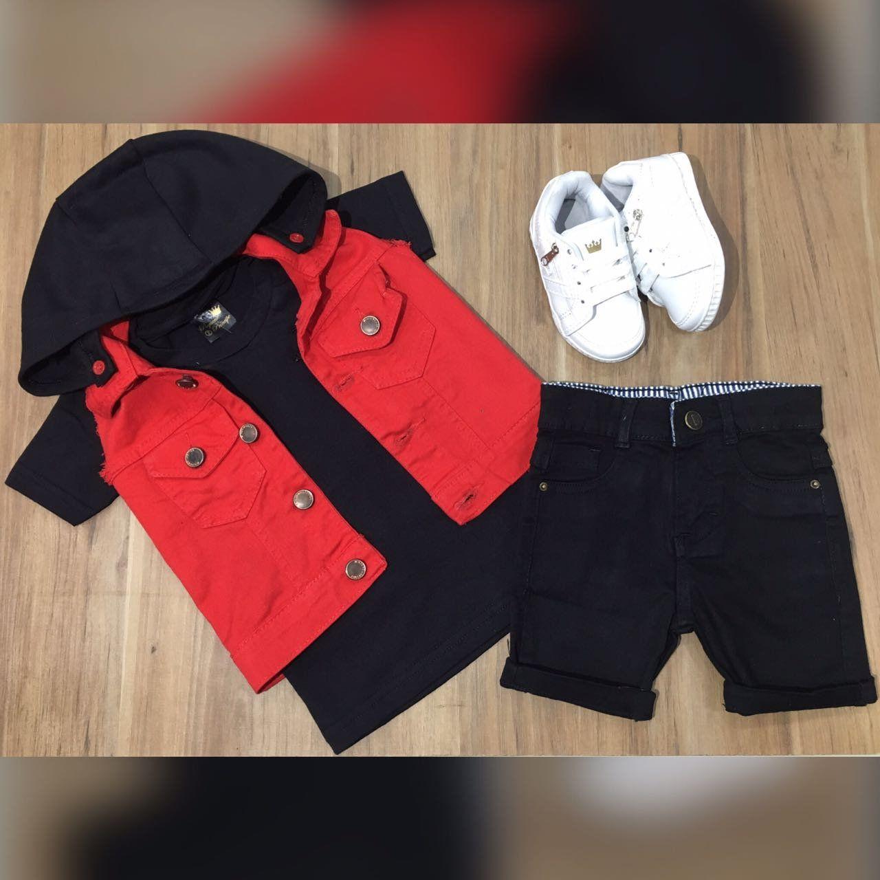 Bermuda Preta com Camiseta Preta mais Colete Vermelho
