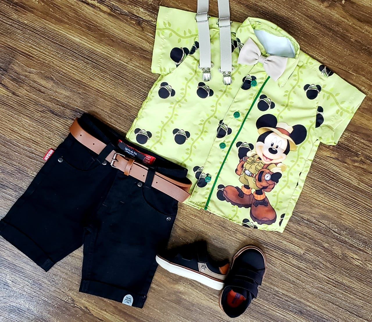 Conjunto Preto Mickey Safari Infantil