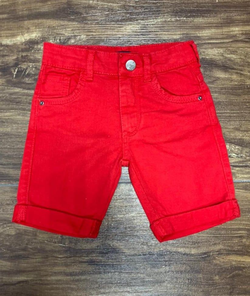Bermuda Vermelha com Camisa Léo o Caminhão Infantil