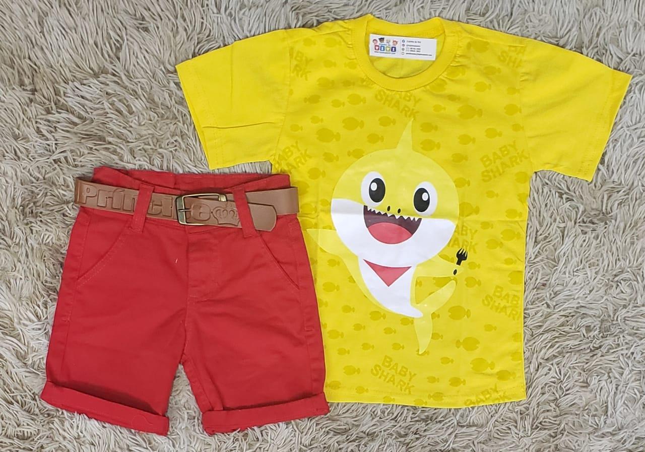 Bermuda Vermelha com Camiseta Baby Shark Amarela