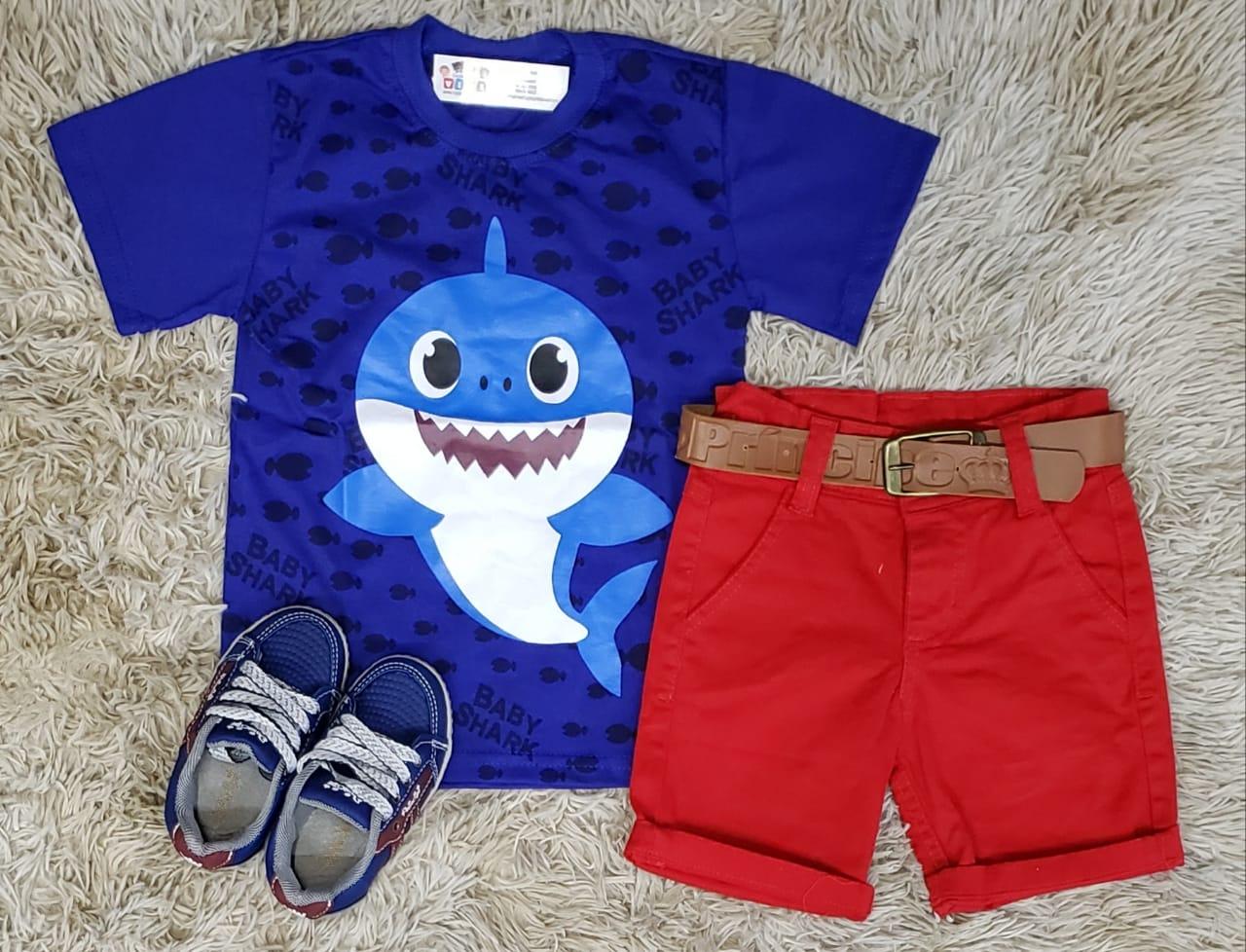 Bermuda Vermelha com Camiseta Baby Shark Azul