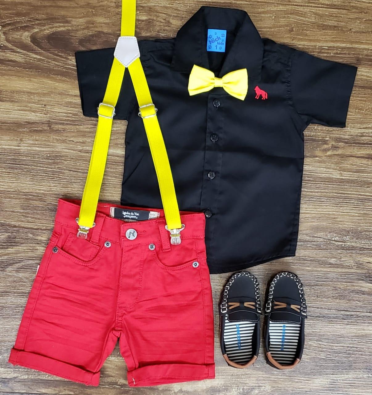 Bermuda Vermelha com Suspensório e Camisa com Gravata - Look Mickey
