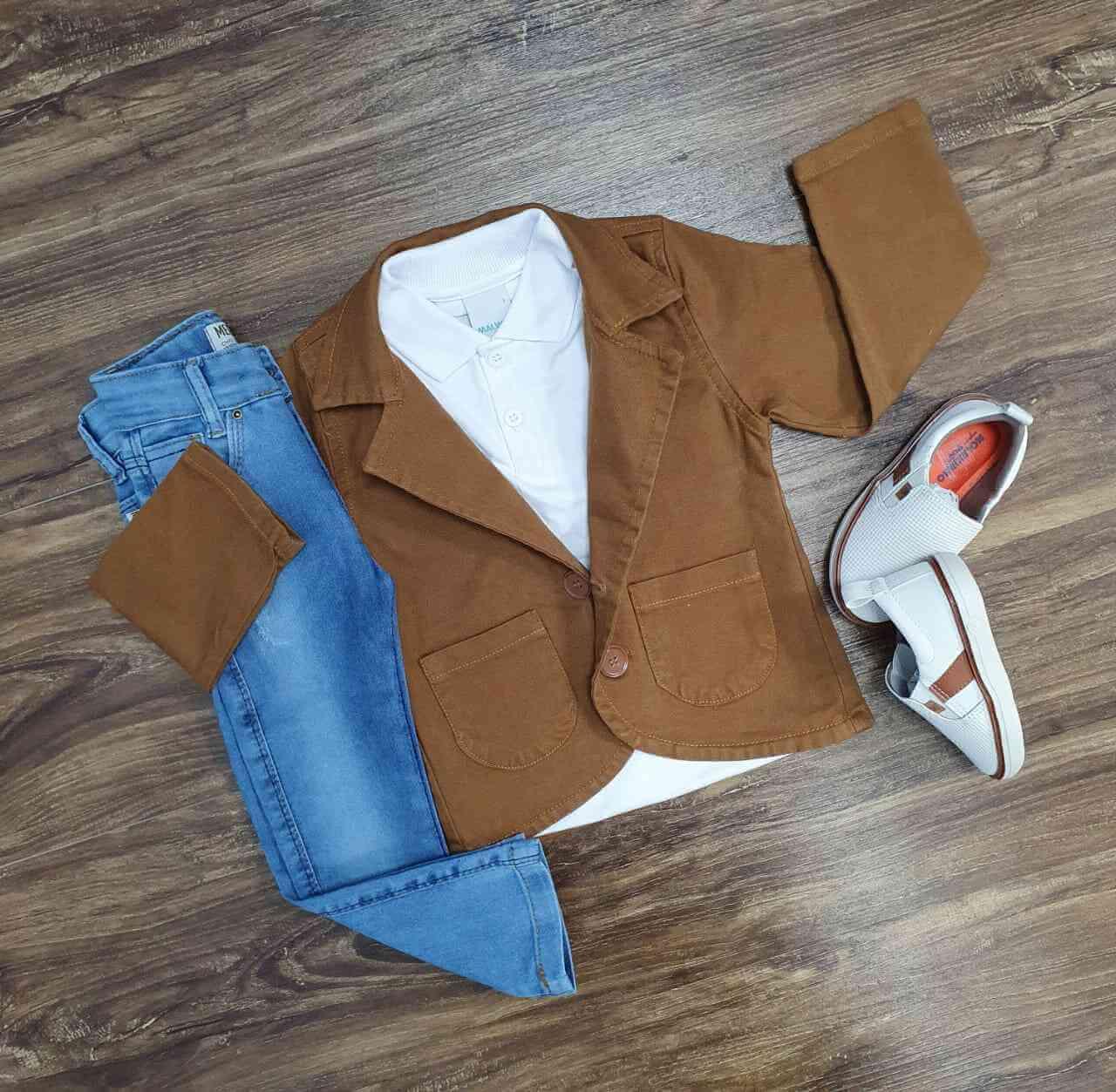Blazer Caramelo com Polo e Calça Jeans Infantil