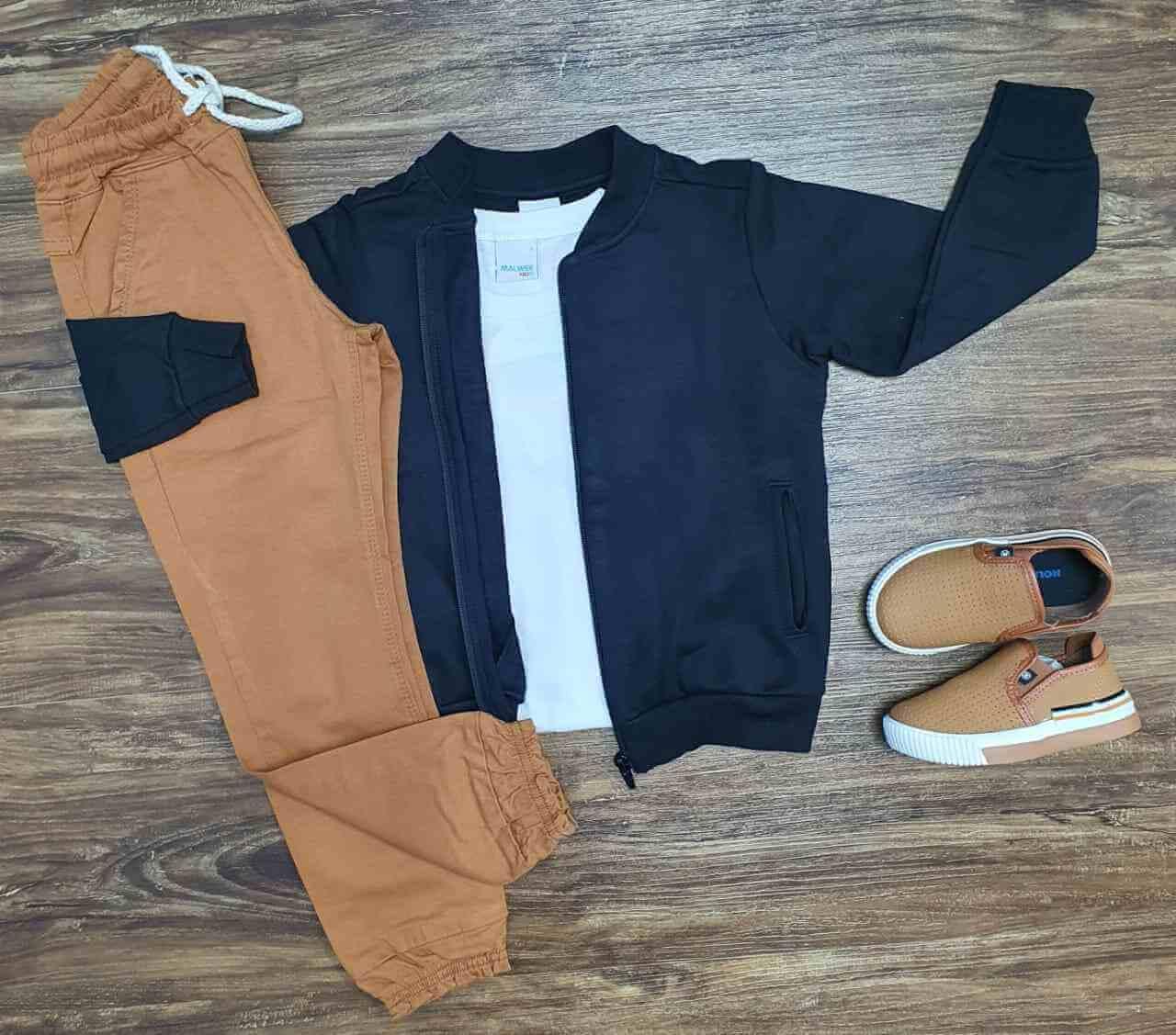 Blusa Preta com Camiseta e Calça Jogger Infantil