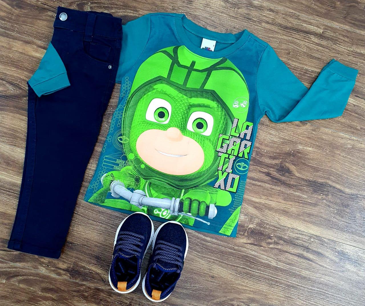 Calça Azul Marinho com Camiseta Pj Masks