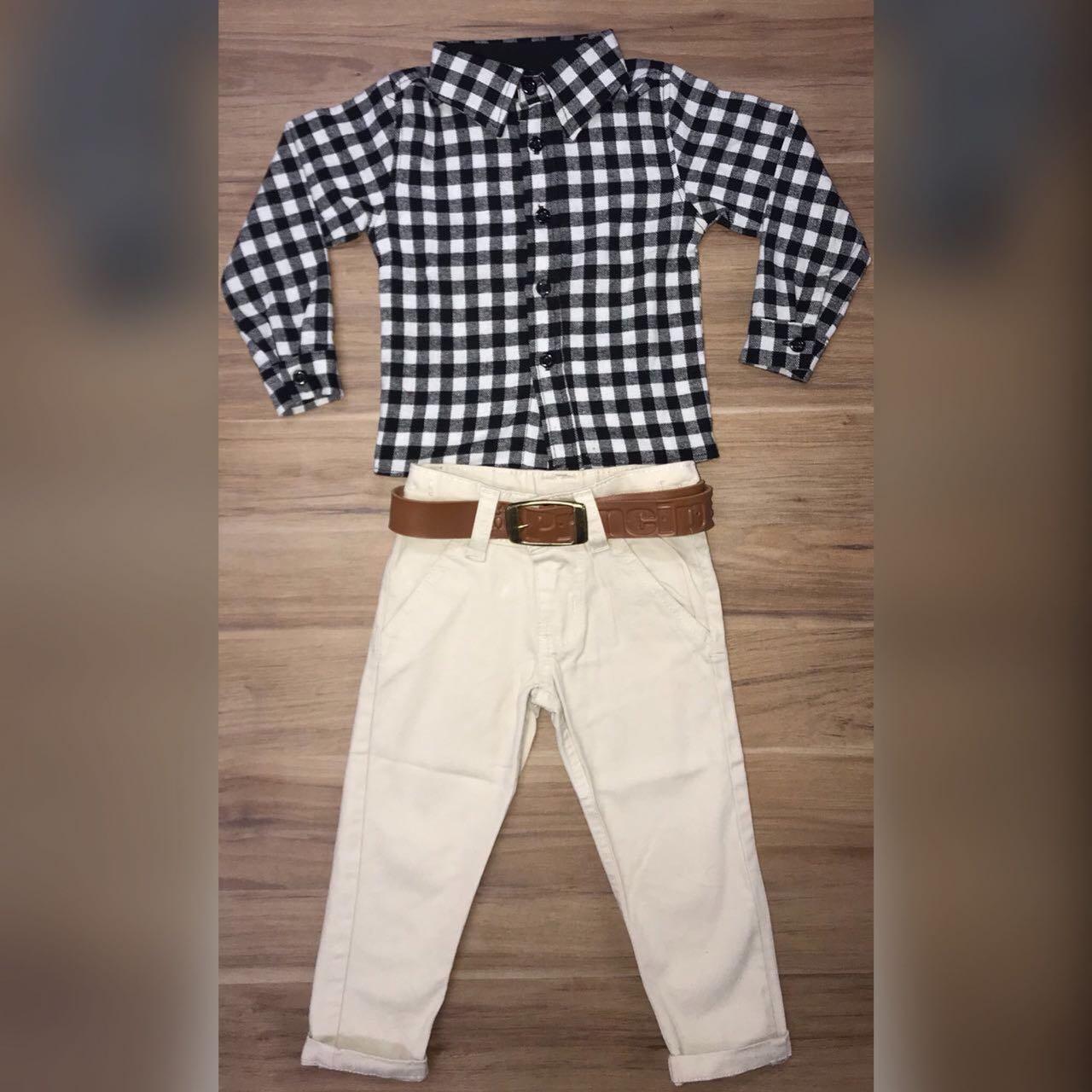 Calça com Cinto e Camisa Xadrez