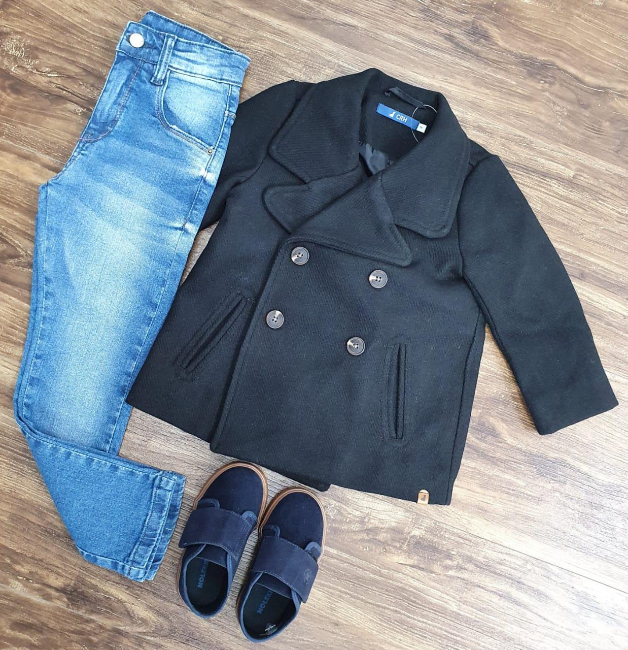 Calça Jeans com Sobretudo Preto