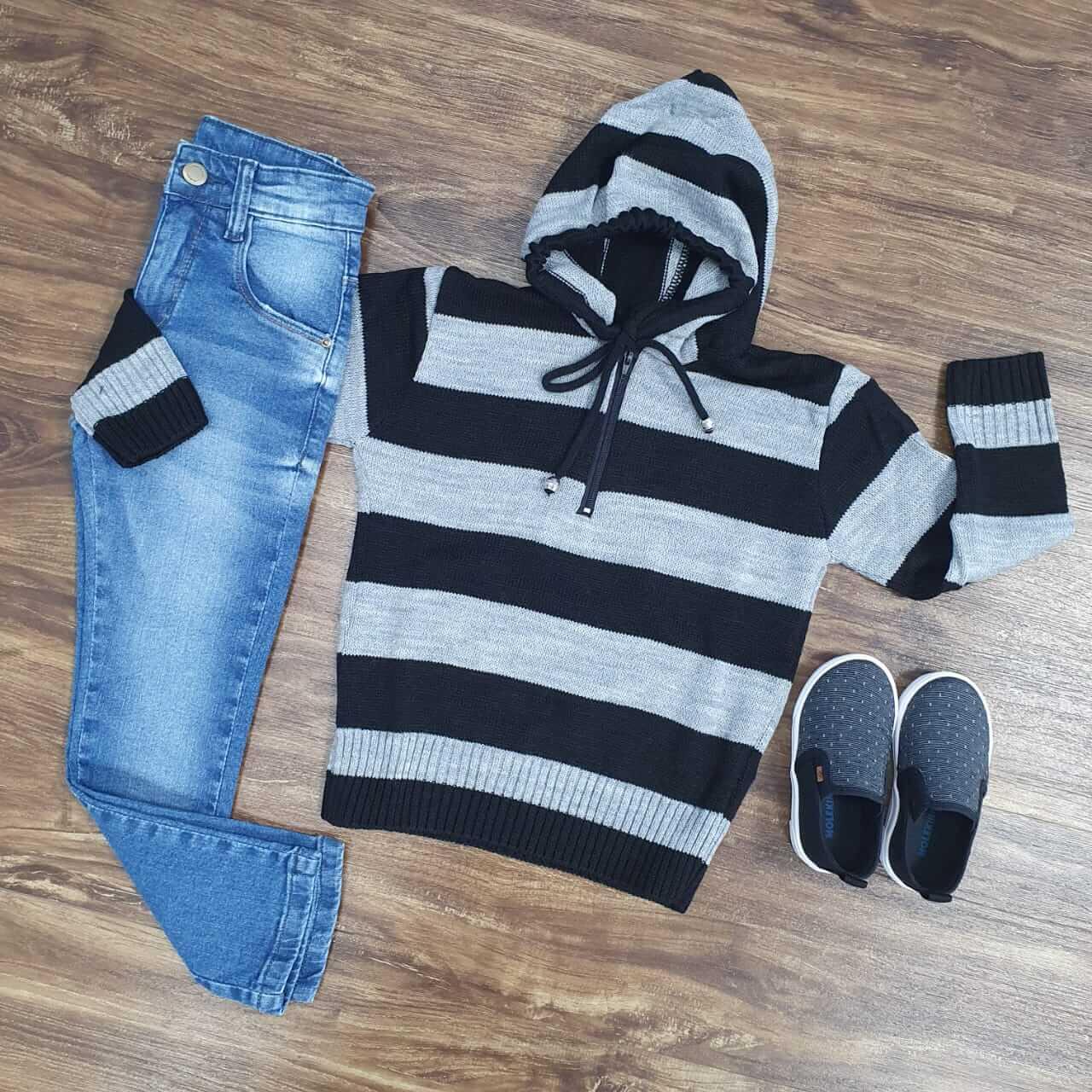 Calça Jeans com Blusa com Capuz