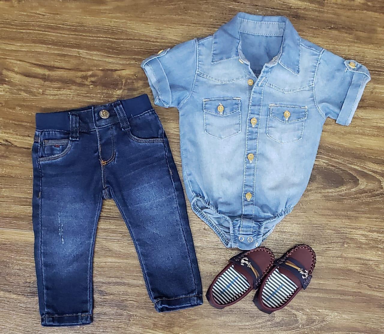 Calça Jeans com Body Jeans