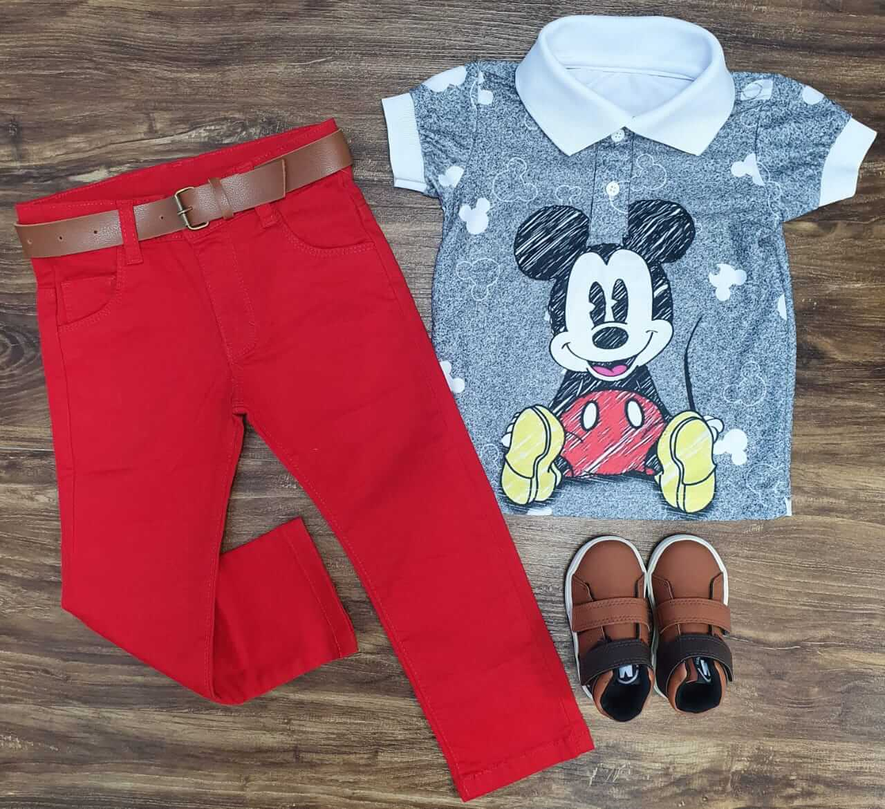 Look Calça Vermelha Mickey Cinza Infantil