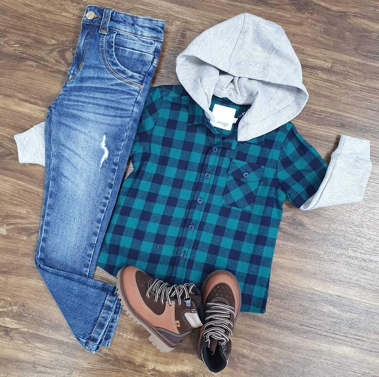 Calça Jeans com Camisa Xadrez com Capuz Infantil