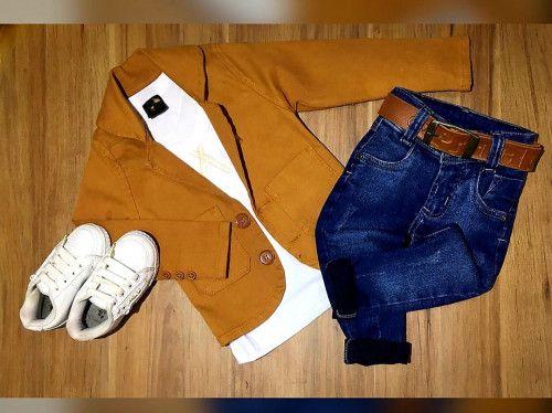 Calça Jeans com Camiseta Branca e Blazer