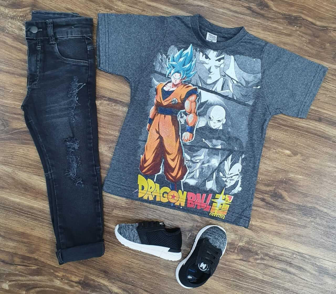 Calça Jeans com Camiseta DragonBall Z