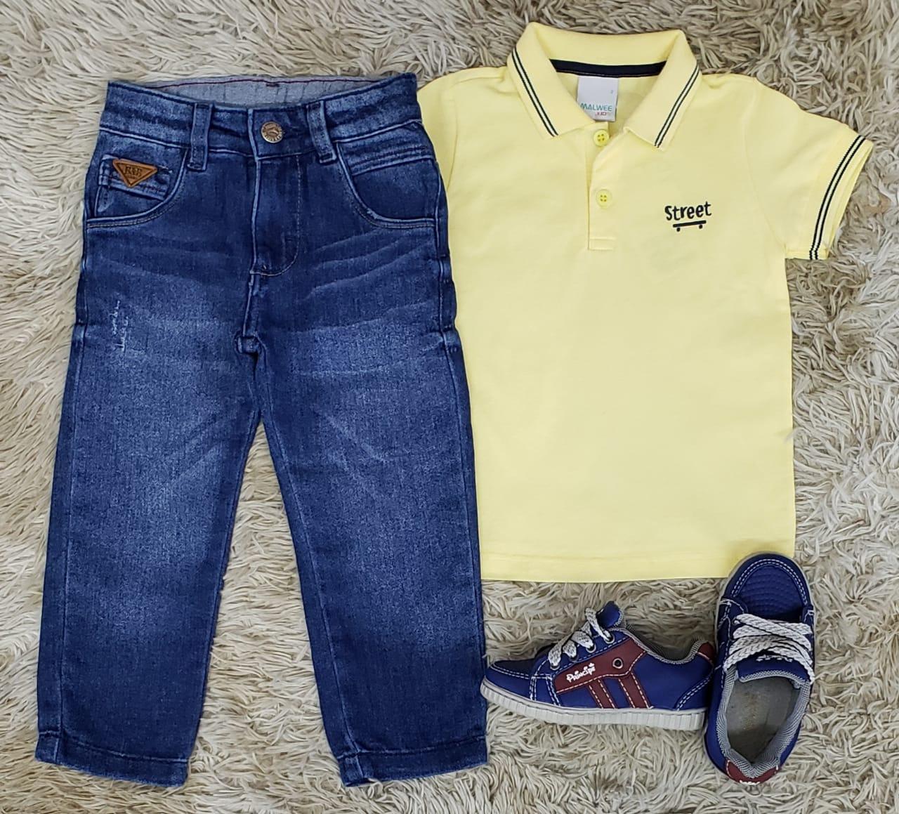 Calça Jeans com Polo Amarela
