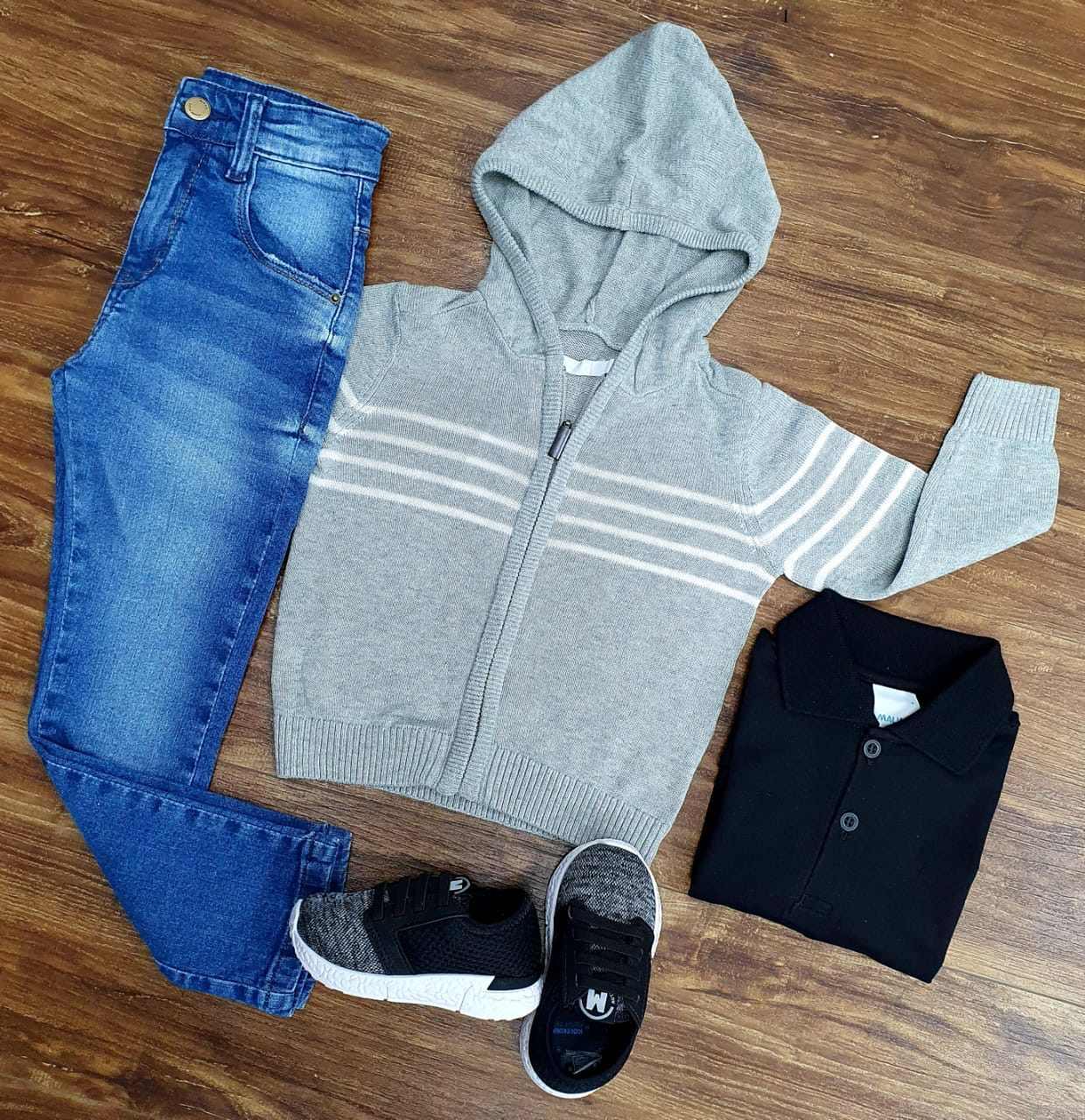 Calça Jeans com Polo e Jaqueta Cinza