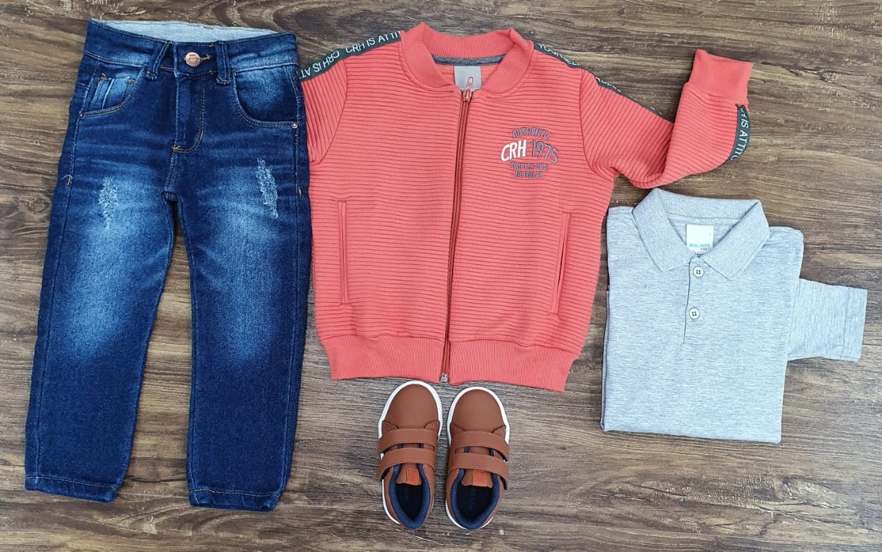 Calça Jeans com Polo e Jaqueta Coral