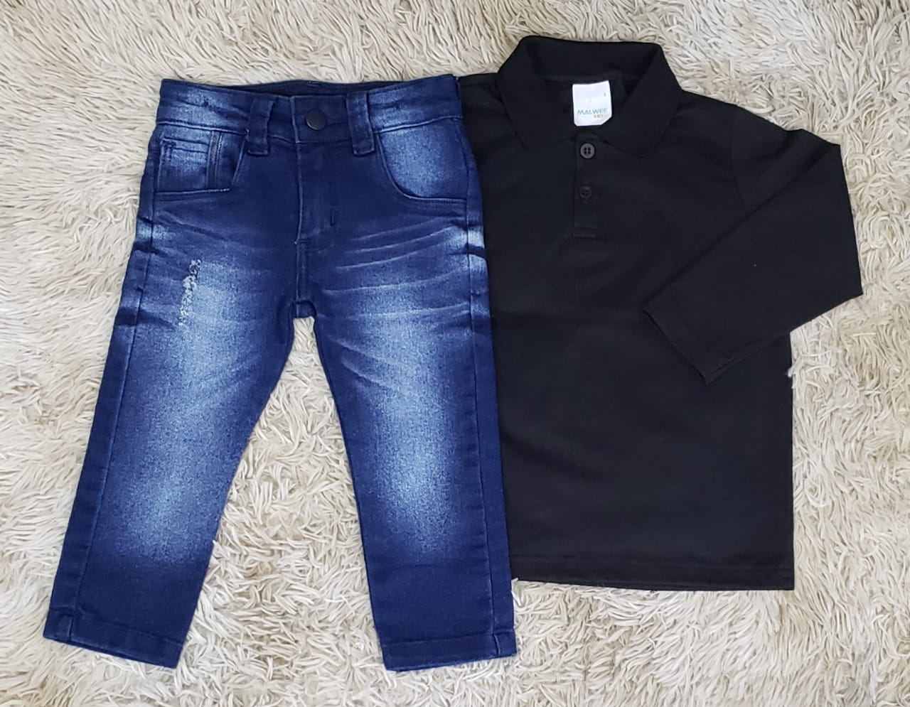 Calça Jeans com Polo Manga Longa Preta