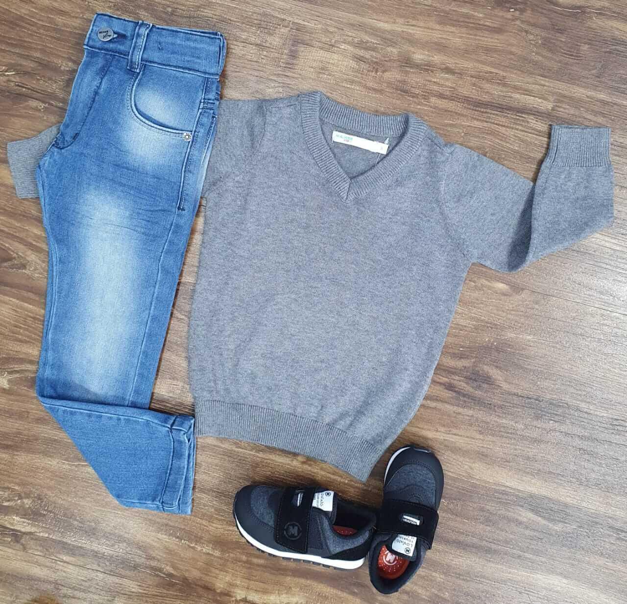 Calça Jeans com Suéter Cinza Infantil