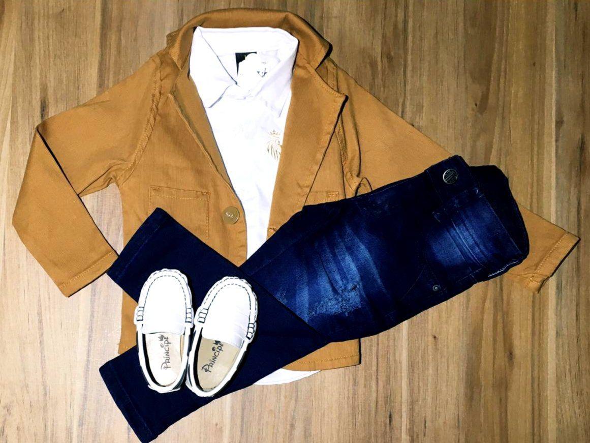 Calça Jeans com Camisa e Blazer