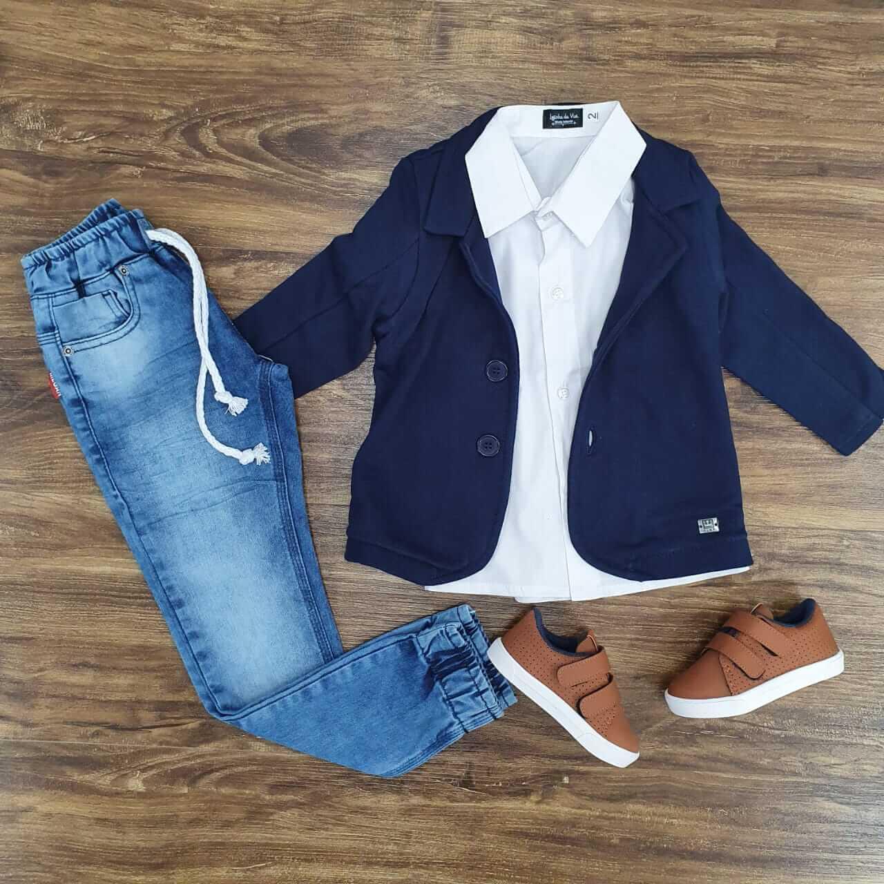 Roupa Infantil Calça Jogger com Camisa e Blazer Azul Marinho