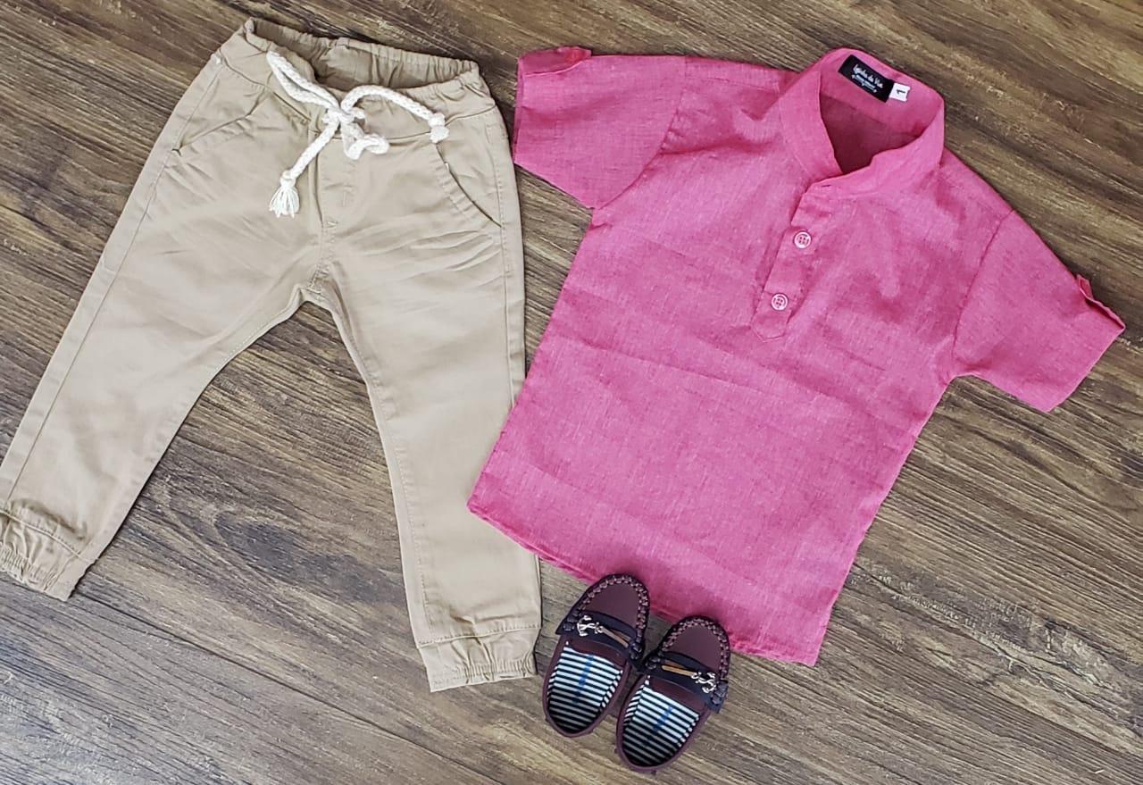 Calça Jogger com Camisa Bata Rosa