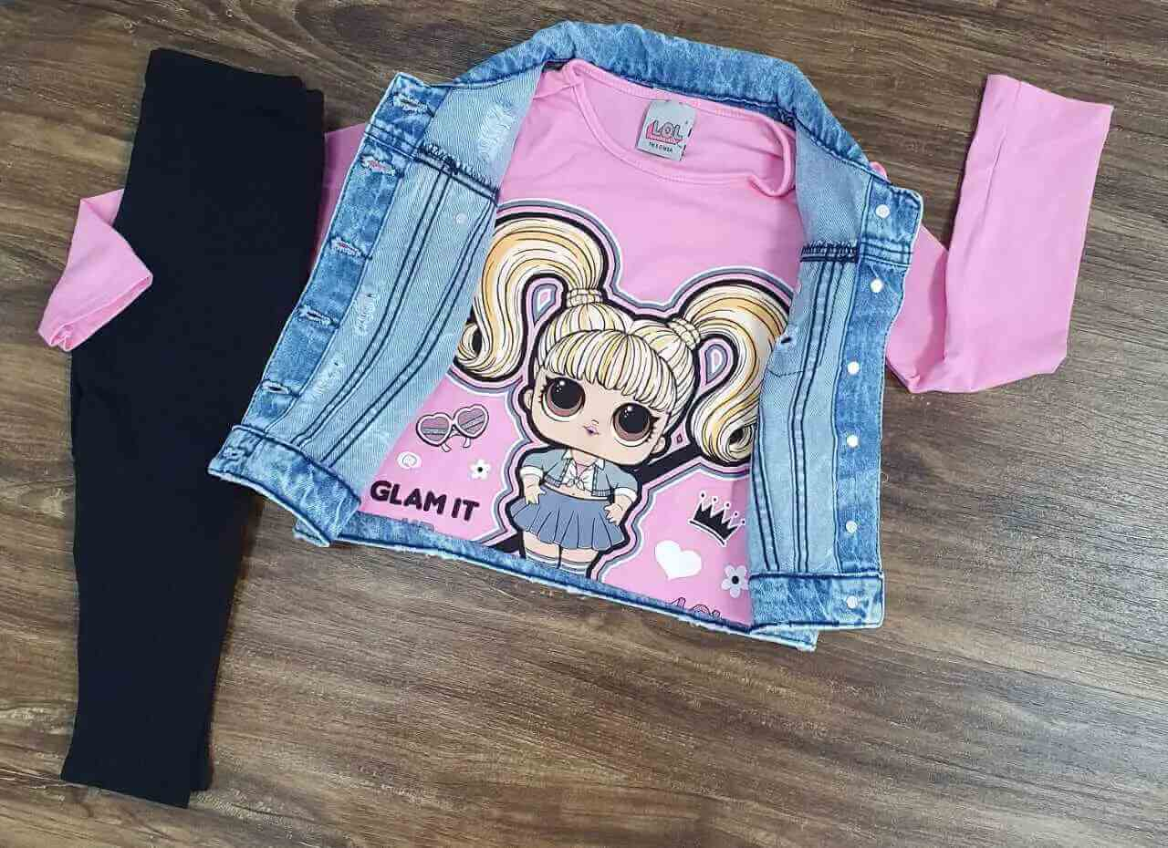 Calça Preta com Blusa e Colete Jeans