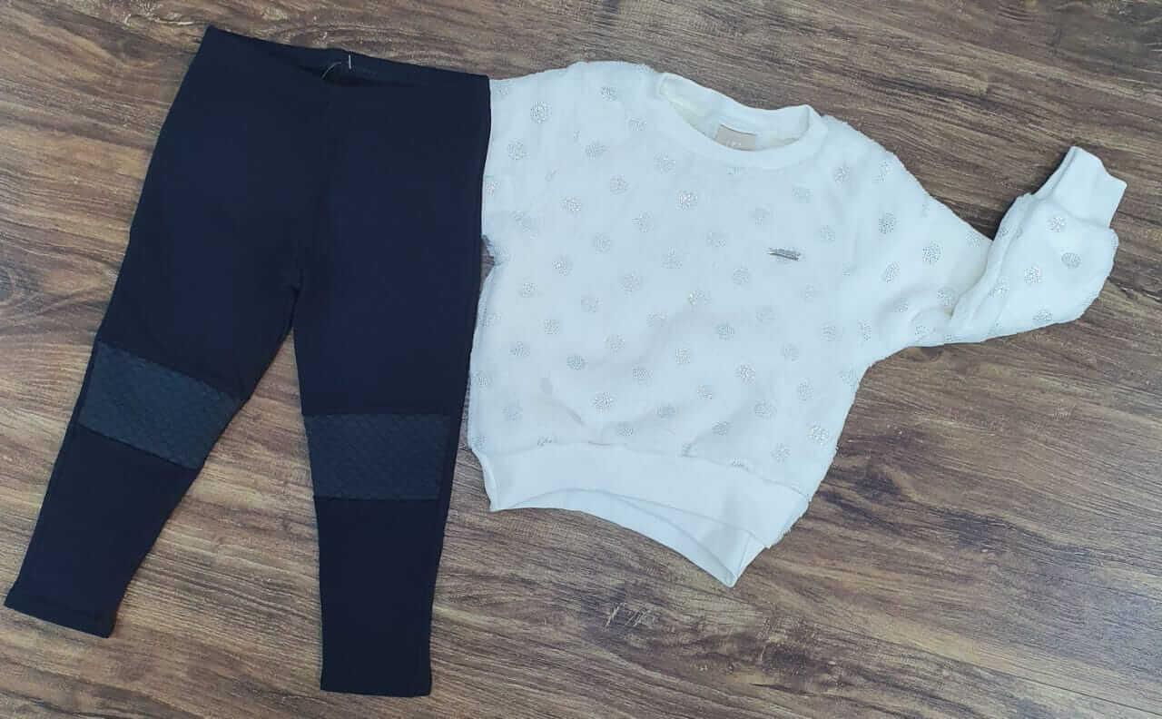 Calça Preta com Blusão Branco