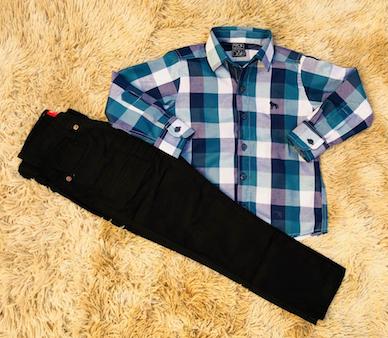 Calça Preta com Camisa Xadrez Azul