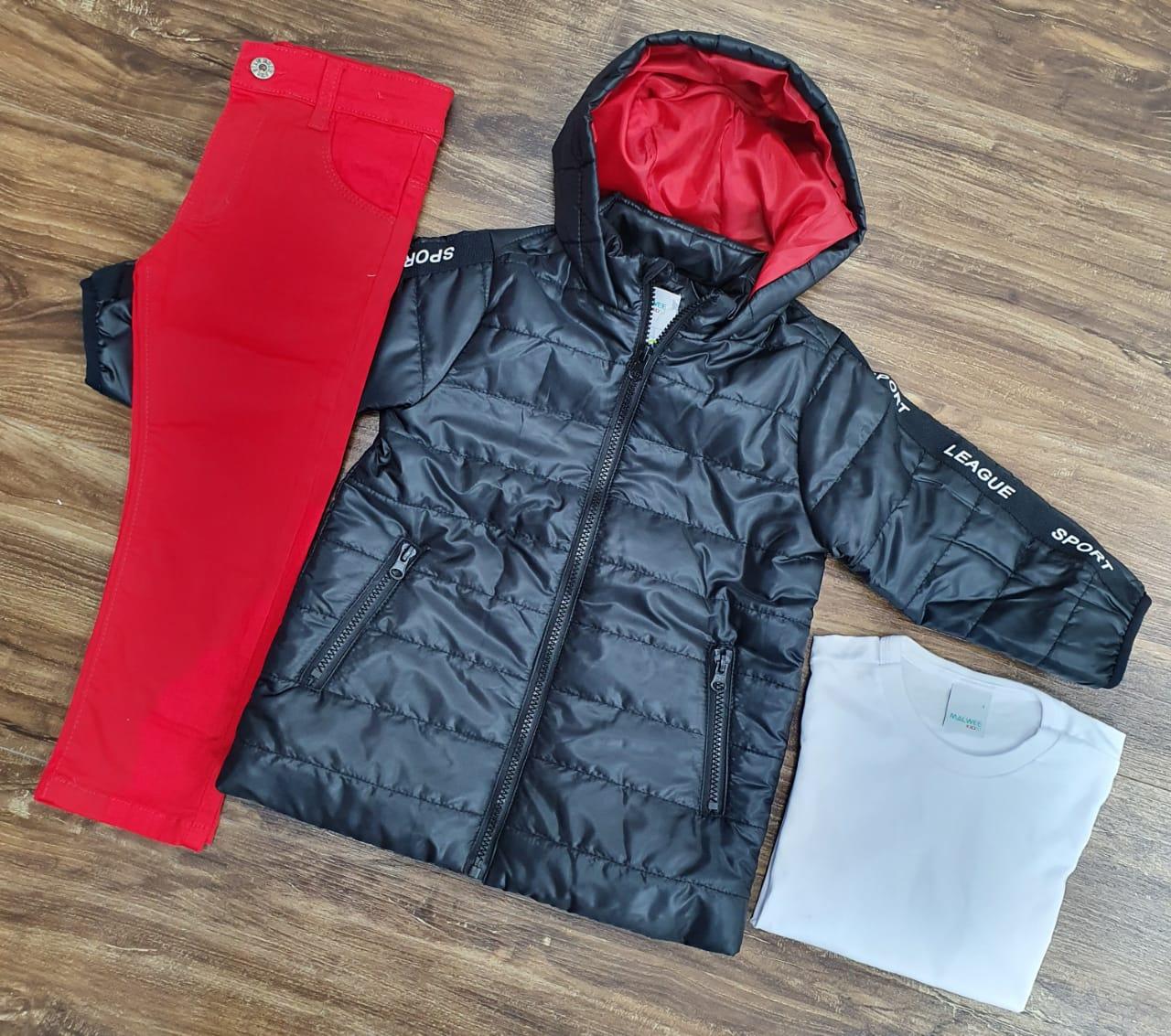 Calça Vermelha com Camiseta e Jaqueta Preta
