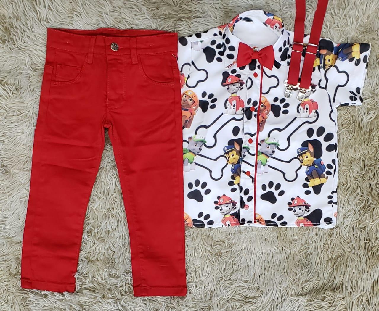 Calça Vermelha com Suspensório e Camisa Patrulha Canina com Gravata