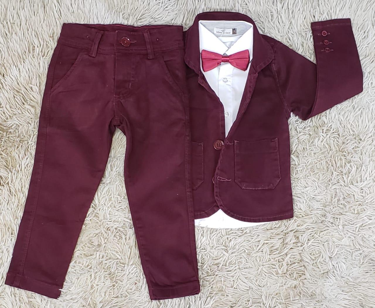 Calça Vinho com Blazer e Camisa Social com Gravata