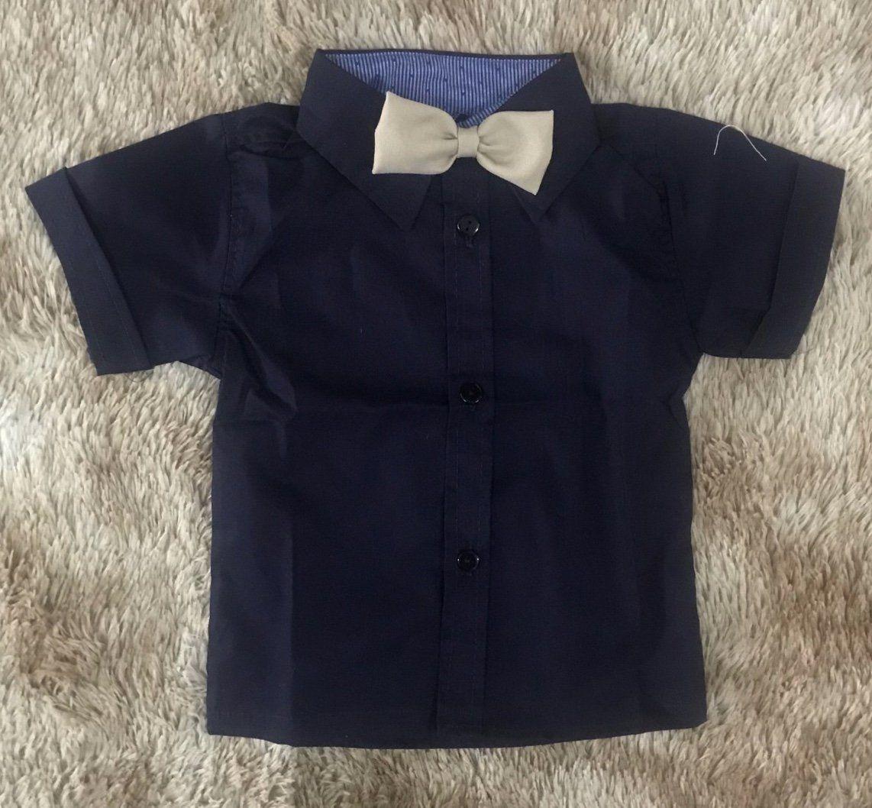 Camisa Azul Marinho com Gravata Borboleta