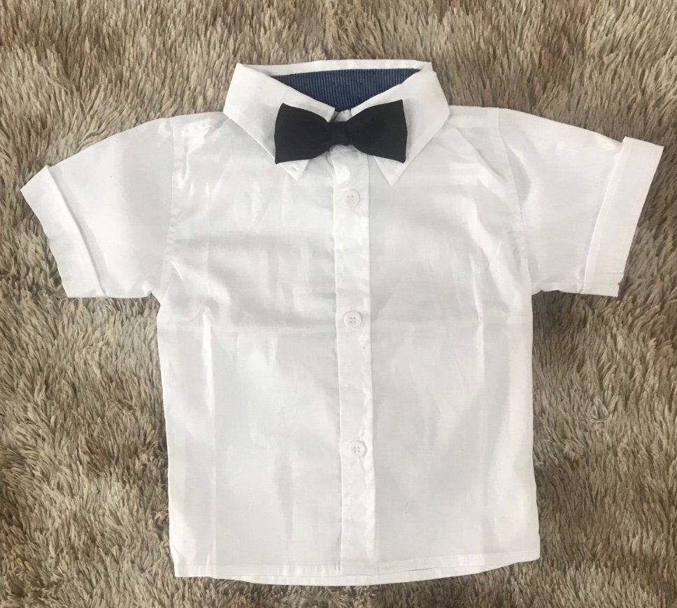 Camisa Branca com Gravata Borboleta