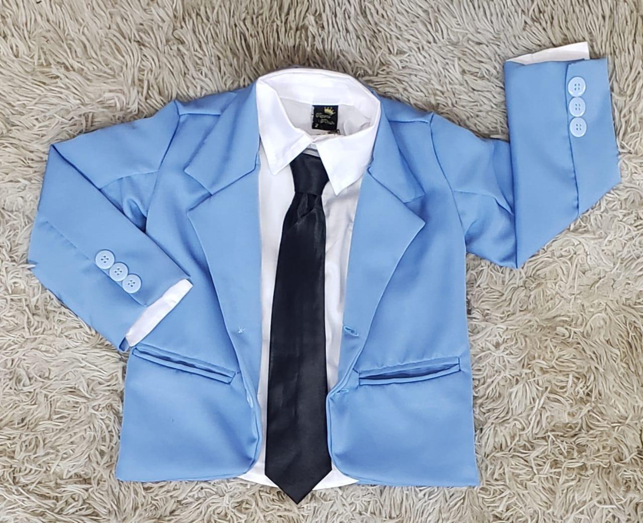 Camisa com Gravata e Blazer