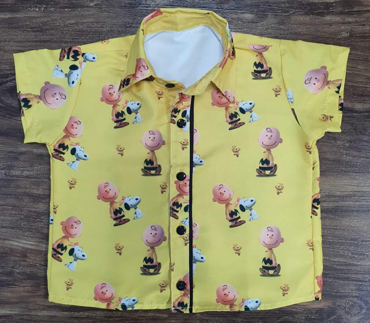 Camisa Snoopy e Charlie Brown Infantil