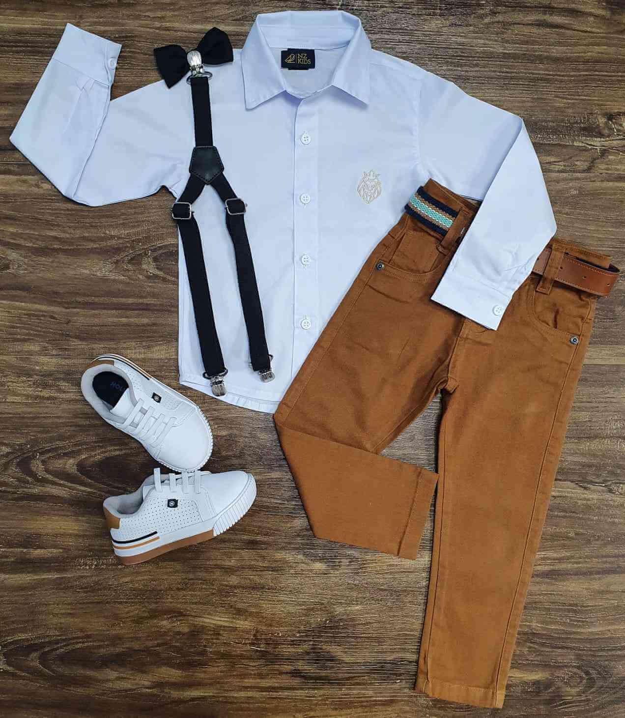 Camisa Social Branca com Calça Marrom Infantil