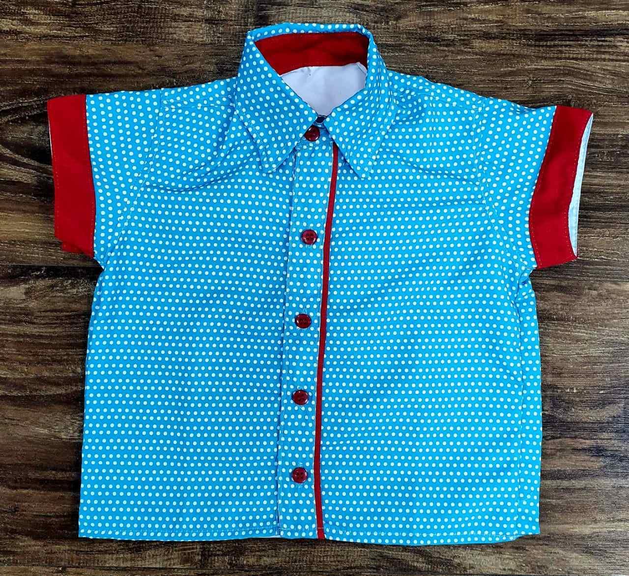 Camisa Bolinhas Galinha Pintadinha