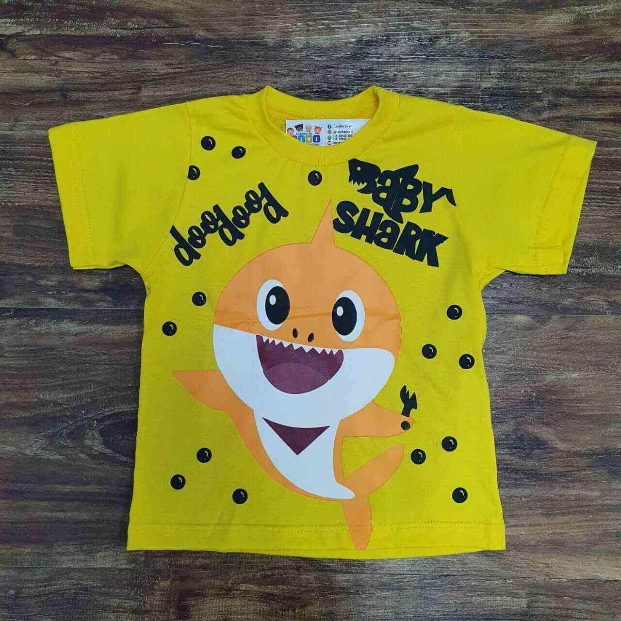 Camiseta Baby Shark Amarela