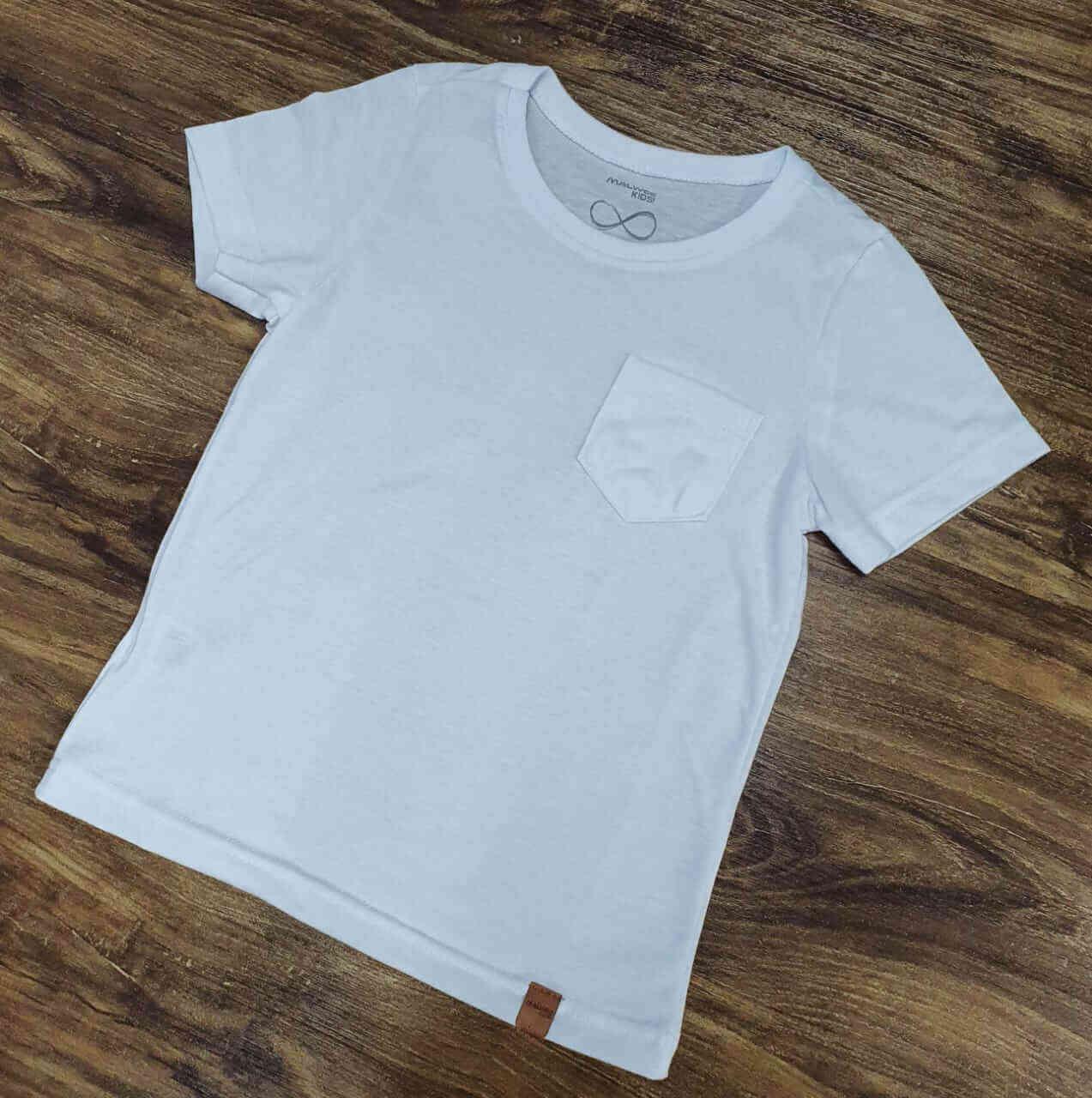Camiseta Branca com Bolso Infantil