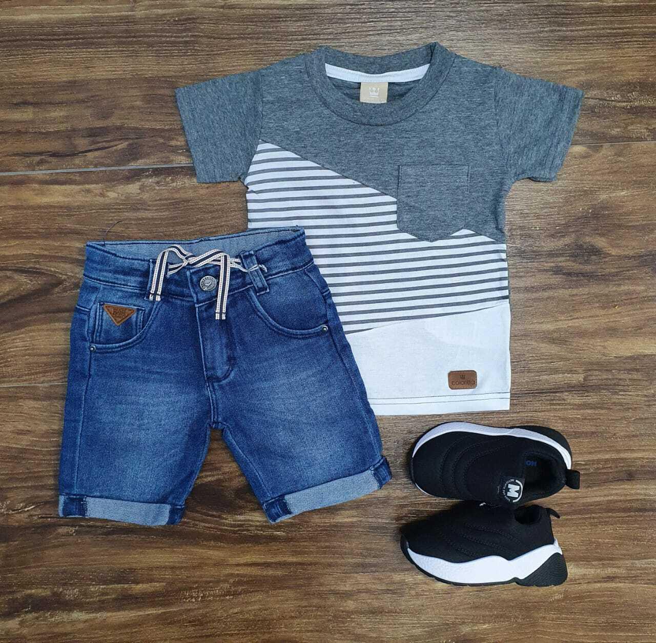 Camiseta Listrada com Bermuda Infantil