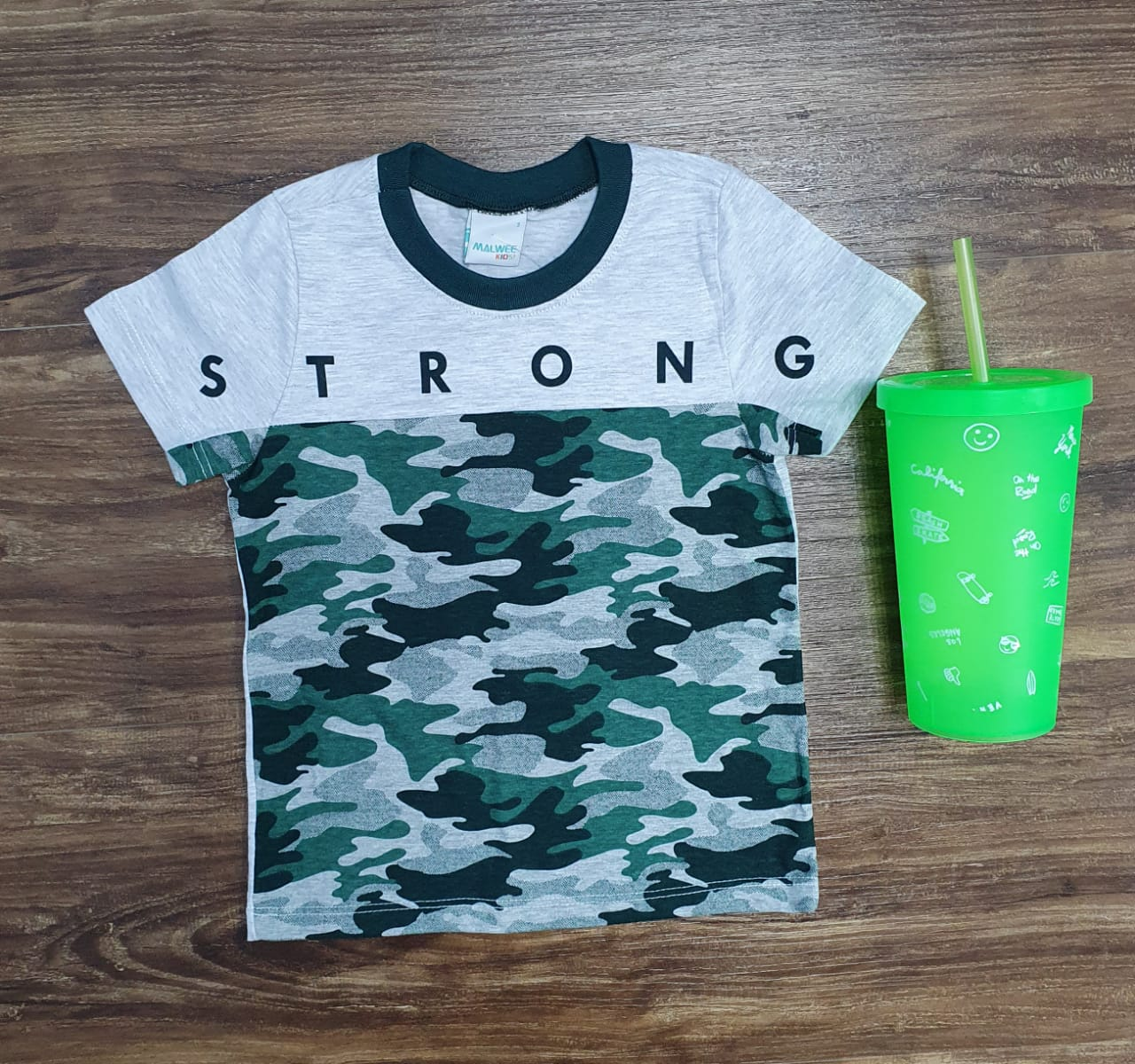 Camiseta Strong Camuflada Infantil