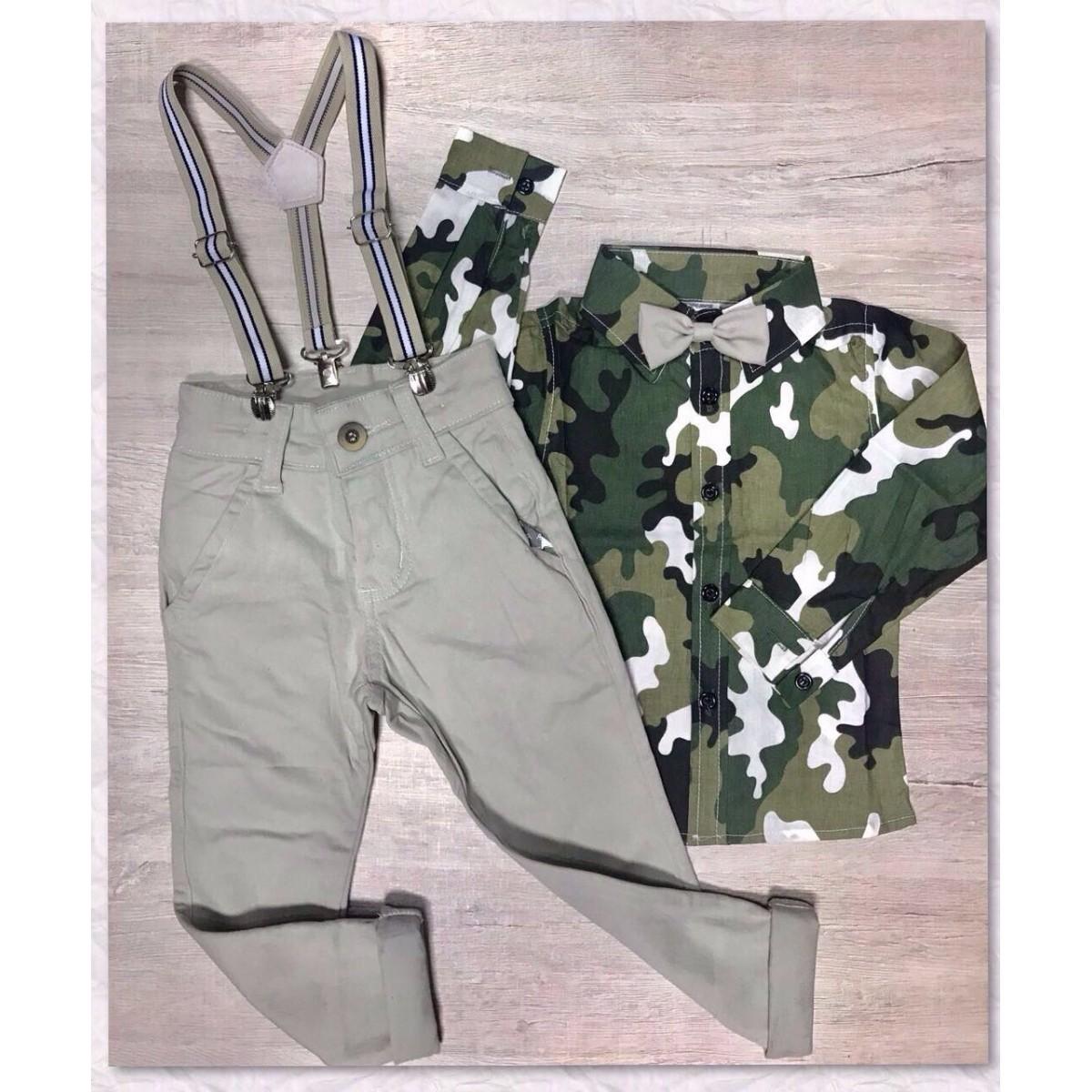 Conjunto Camisa Camuflada Com Gravata Borboleta e Calça Caqui