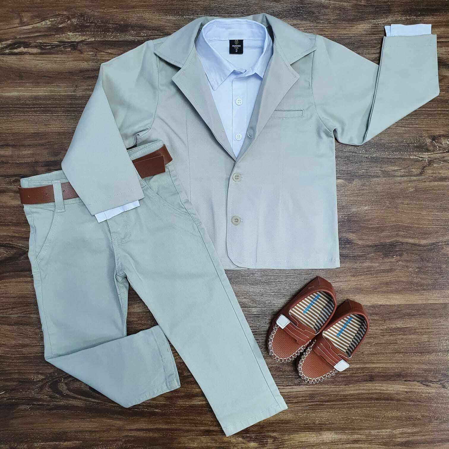 Conjunto Blazer com Camisa Branca e Calça Jeans Nude Infantil