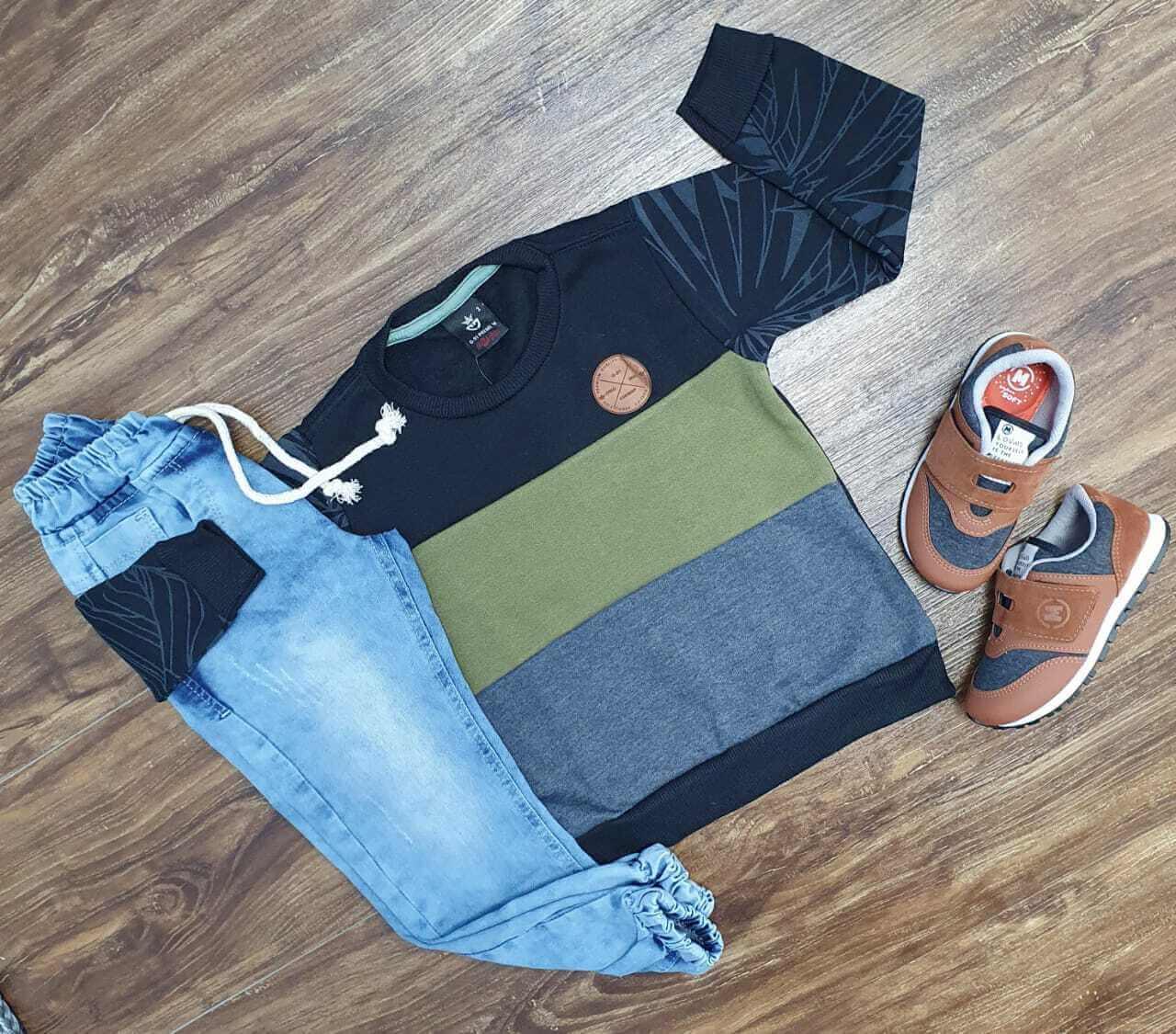 Conjunto com Blusa e Calça Jogger Infantil