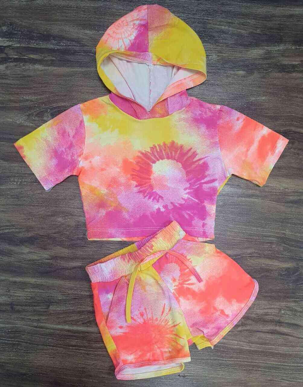 Conjunto Tye Dye com Shorts Infantil