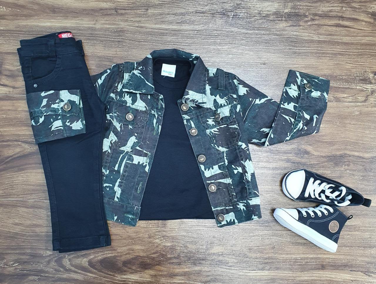 Jaqueta Camuflada Com Camiseta e Calça Jeans Infantil