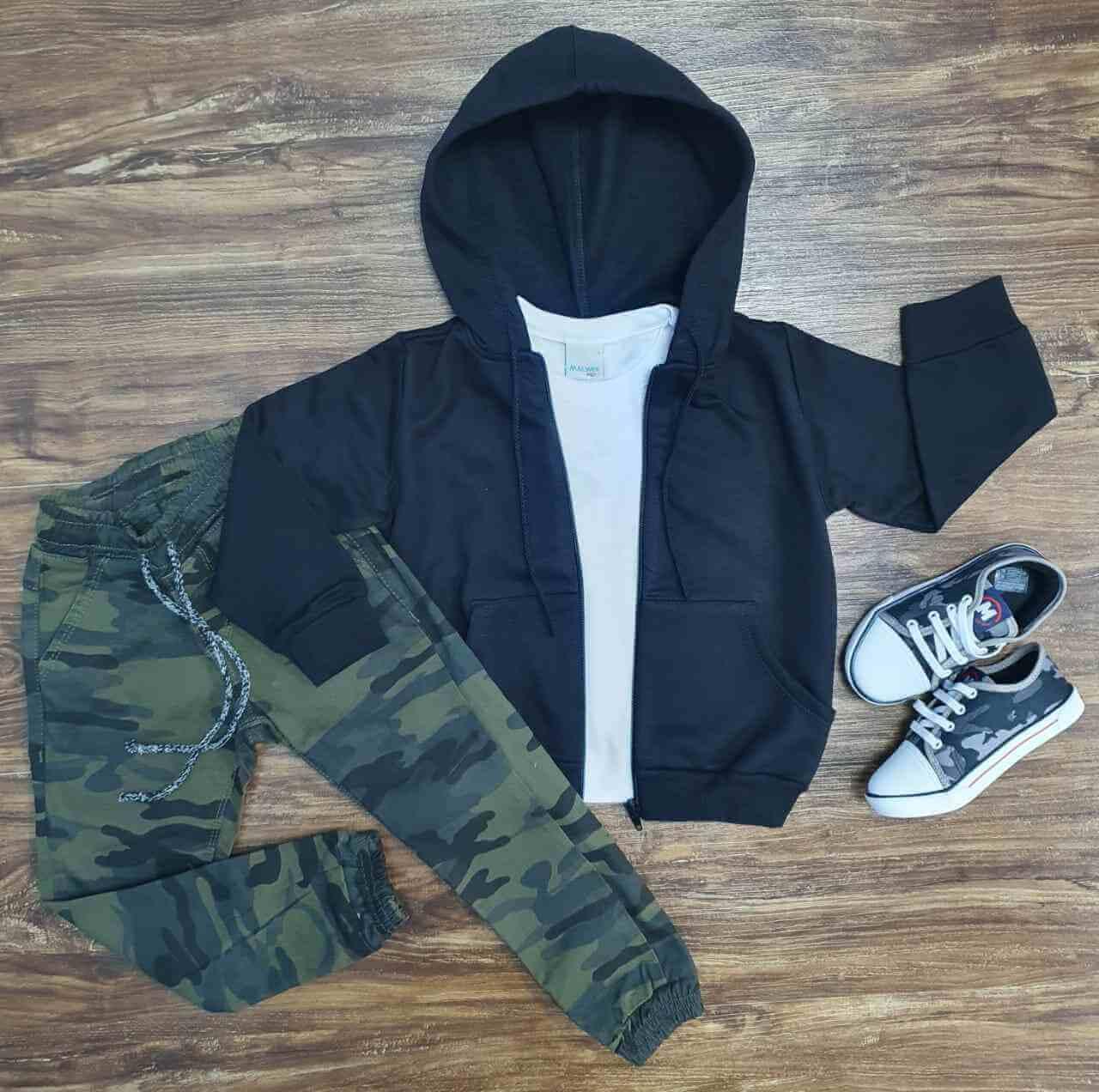 Jaqueta Preta com Camiseta e Calça Jogger Camuflada Infantil
